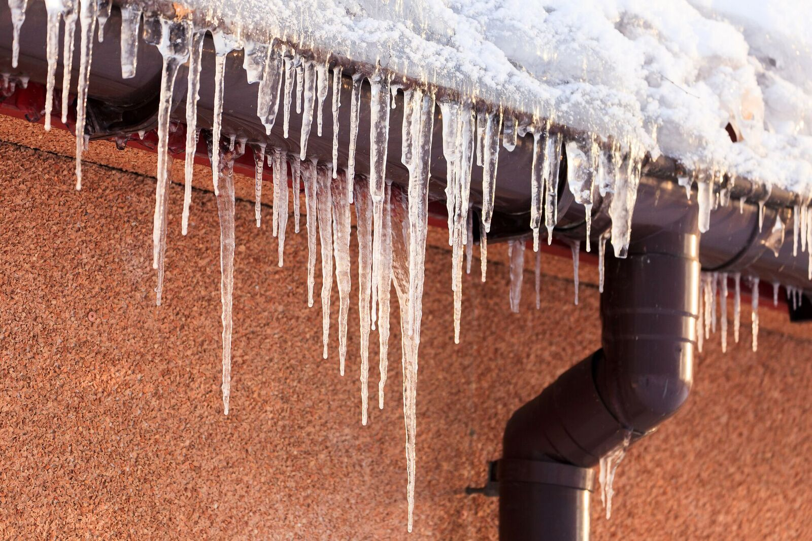 WATERGATE ROOFING: Thawing Out: Spring is the Perfect Time for a Roof Clean-Up