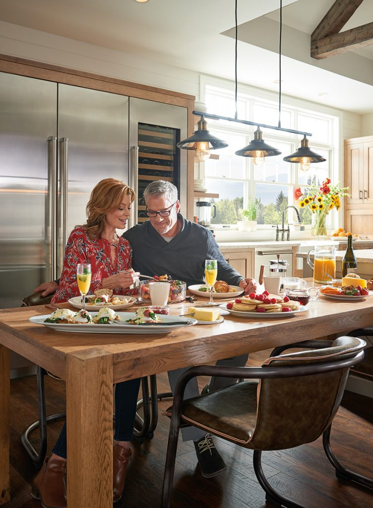 HOME ARTISANS OF INDIANA: Creating the Ideal Kitchen for Entertaining