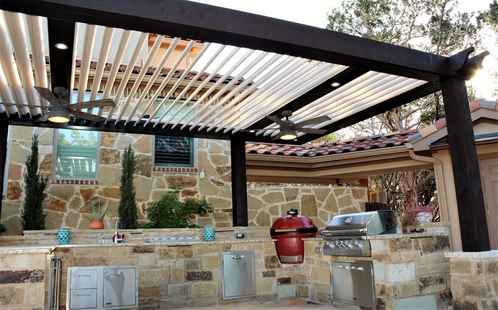 THE SMART PERGOLA: No More Cookouts in the Kitchen: The Smart Pergola Invites You to Dine Outdoors!